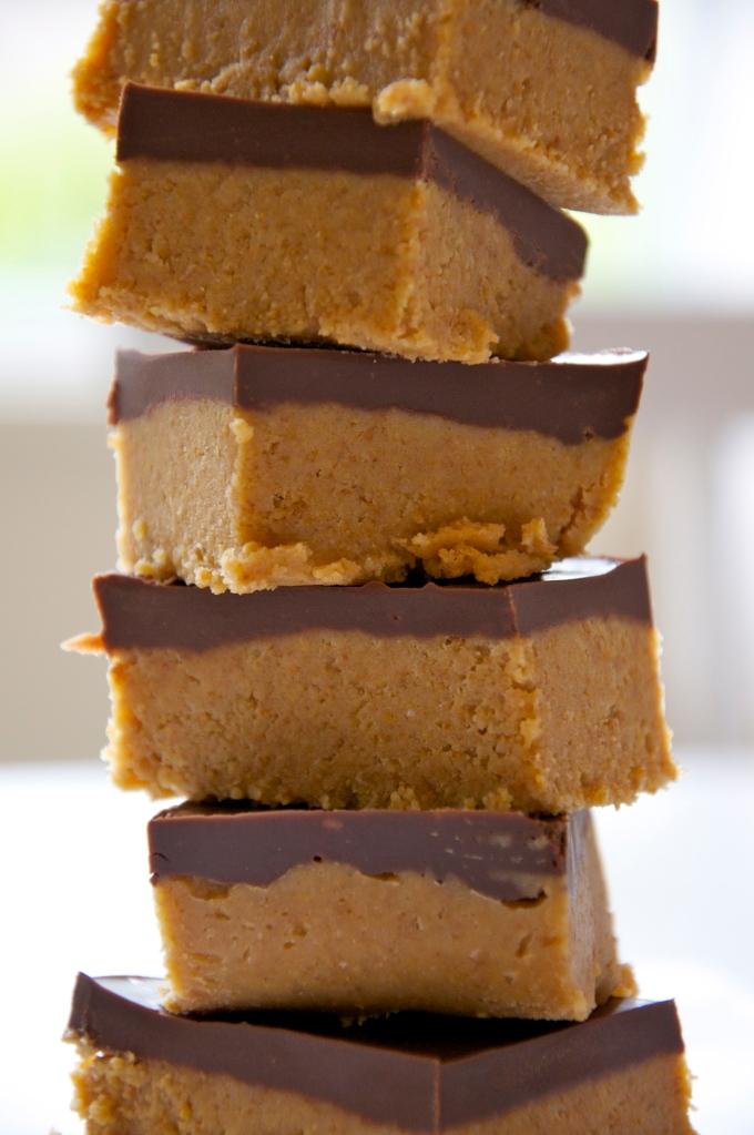 Reese's Peanut Butter Bars - A Pat & A Pinch